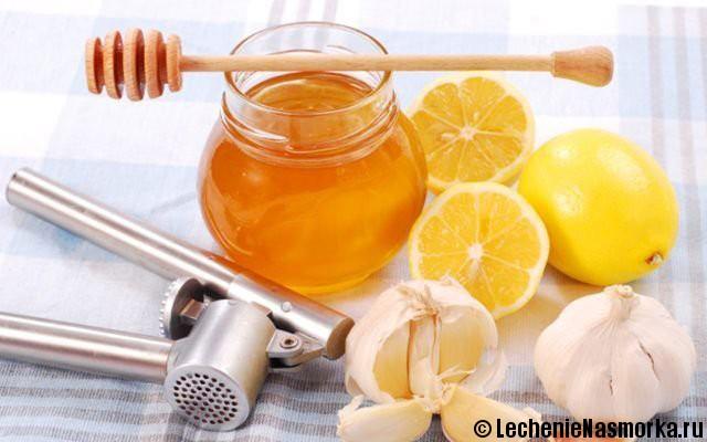 промывания раствором из лука и меда